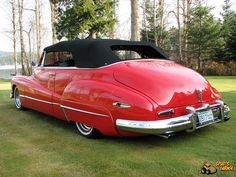 1947 Buick Convertible Red - For Sale Austin Martin, Vintage Cars, Antique Cars, Convertible, Automobile, Buick Models, Counting Cars, Buick Cars, Jaguar