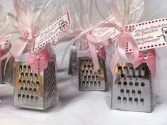 Wedding Gifts For Guests, Diy Wedding, Retirement Parties, Party In A Box, Dad Birthday, Kirchen, Bridal Shower, Diy Projects, Gift Wrapping