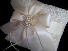 Ivory ring bearer pillow with alencon lace by simplybridal1, $69.00