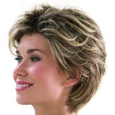 Résultat d'images pour Short Shag Hairstyles for Women Over 50 Back Veiws Hair Styles For Women Over 50, Short Hair Cuts For Women, Short Hair With Layers, Layered Hair, Layered Cuts, Long Layered, Modern Short Hairstyles, Cool Hairstyles, Summer Hairstyles