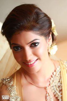 Beautiful sri lankan girl