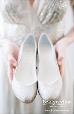 Comfortable flat wedding shoes decorated with crystals. | brklyn view photography, brooklyn ny