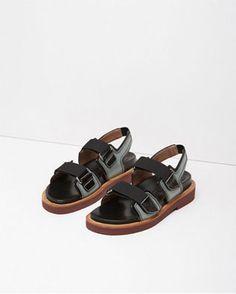 Velcro Fussbett Sandal by Marni
