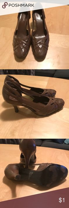 Brown heels Brown heels with round toe and square heel. I'm not going to lie. I find these shoes to be ugly and uninteresting. They also hurt my feet so I especially hate them. Please get them away from me. connie Shoes Heels