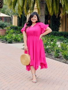 Celebrating National Dress Day with a ruffled, pink plus size dress from Lane Bryant, styled back to snakeskin heels and a straw bag! Plus Size Fashion For Women, Plus Size Womens Clothing, Clothes For Women, Pink Plus Size Dresses, Dresser, Illusion Dress, Curvy Fashion, Fashion Edgy, Fashion Black