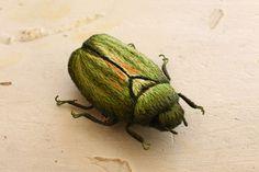 立体刺繍の昆虫のブローチ~カナブン~