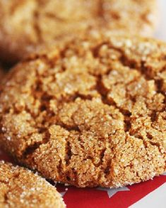 Low FODMAP Recipe and Gluten Free Recipe - Ginger Crumbles http://www.ibssano.com/low_fodmap_recipes_ginger_crumbles.html