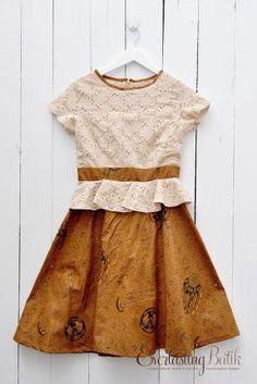 ME2704.1603 Friska Peplum Sogan Batik Dress -S