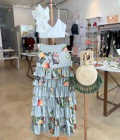Falda de boleros Bees Knees, Women's Fashion Dresses, Dress Skirt, Moana, Cold Shoulder Dress, Summer Dresses, Boho, Fruit, Passion