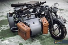 Monster of war! The most famous sidecar in the world! The gloomy Teutonic spirit, embodied in iron. Antique Motorcycles, Cool Motorcycles, Army Vehicles, Armored Vehicles, Three Wheel Bicycle, Ural Motorcycle, Rv Truck, Jeep Camping, Harley Davidson