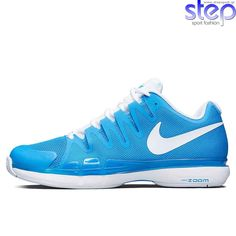 best sneakers 1fa47 2881f Les Femmes Sportives, Chaussures