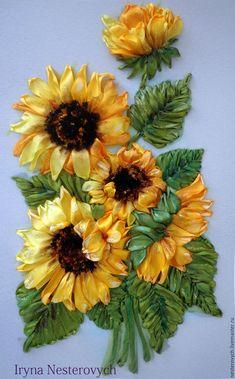 Silk ribbon embroidery | Купить Картина лентами Подсолнухи - желтый, Вышивка лентами, вышивка ручная, Вышитая картина, подсолнухи