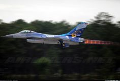 F-16A Fighting Falcon - The first flight with this special Scheme of 50th Anniversary of Monte Real air base (BA5)