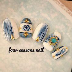 ネイル 画像 Fourseasons Nail 中野 1588297 白 青 スモーキー エスニック ジオメトリック ビジュー ボタニカル フェザー デート 夏 海 リゾート ハンド ミディアム