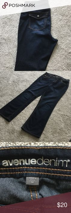 Plus size Bootleg Jeans from The Avenue, size 14 Great jeans in a dark blue wash, with a little bit of stretch. Avenue Pants Boot Cut & Flare