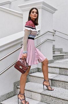 ¿Qué vestidos se llevan? La calle es el mejor escaparate. Street Style nos inspira en llevar vestidos para diferentes ocasiones.