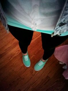 Mint vans outfit Mint Vans, Spring Ahead, Vans Outfit, Pretty Girl Swag, Ootds, Women's Fashion, Fashion Outfits, Virtual Closet, Spring Summer Fashion