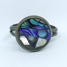 New Zealand pāua and pearl mosaic ring on Etsy Maori Legends, Blue And Green, Paua Shell, Looking To Buy, Mark Making, Pearl Ring, Mother Pearl, Hippie Boho, Jewelry Art