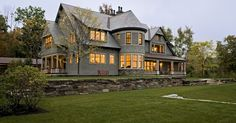 the back of that dreamy shingle style house I pinned the other day ::sigh:: Smith & Vansant Architects PC