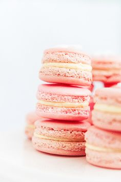 Macarons Make them with ease with http://www.bossnotin.com/Macaroon-Baking-Set