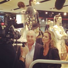 Smile! The amazing Kate Moss and Sir Philip Green at the launch event. #topshoplondon #topshopxkatemoss #oxfordcircus #london