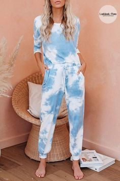 Winter Style // Never loose your fashion sense even when you're just at home as you choose to wear this light blue tie-dye drawstring-waist jogger pajama set.