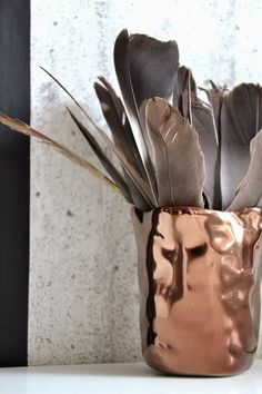 Méchant Studio Blog: a feather for freedom