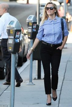 Reese Witherspoon wearing Stella McCartney Wood 0sm4051 Sunglasses and Draper James Small Camera Bag