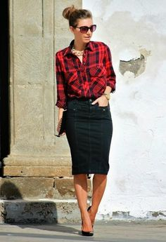 Plaid is in this fall, finish the look with one of our sunglasses!  Plaid + pencil skirt #fashion #trends #pencilskirt