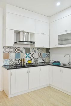 Home Design: Small Kitchen Design Featuring Beautiful Patterned Ceramic Tiles Backsplash: Vietnam Apartment Featuring Artistic Interior Kitchen Wall Tiles, Kitchen Layout, New Kitchen, Kitchen Backsplash, Kitchen White, Kitchen Cabinets, Küchen Design, House Design, Interior Design