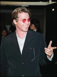 US actor Val Kilmer arrives for the premiere of his new film 'The Saint' 03 April in Beverly Hills California Kilmer plays spy Simon Templar the. Val Kilmer, Great Films, Aging Gracefully, Actors & Actresses, Beautiful Men, Sexy Men, Hot Guys, Hollywood, Famous People