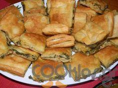 Ποντιακή πίτα με σέσκουλα - Συνταγή μέτριας δυσκολίας - Σχετικά με Πίτες και Ζύμες, Πίτες - Ποσότητα 1 πίτα - Χρόνος ετοιμασίας λιγότερο από 90 λεπτά Greek Recipes, Vegan Recipes, Cooking Recipes, Cookie Dough Pie, Spanakopita, Apple Pie, Deserts, Snacks, Breakfast