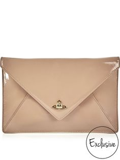VIVIENNE WESTWOOD Exclusive Patent Private Envelope Clutch - NudeSize   Fit  Dimensions  Height  17cmx 7072c0e966a46