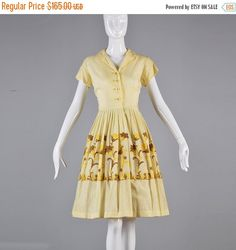 10% Off Vintage 50s Yellow Short Sleeve Summer by StyleandSalvage