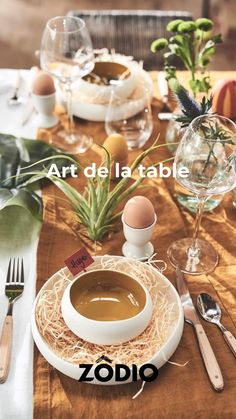 Découvrez notre vaisselle épuré, moderne ou coloré et nos essentiel Art de la table sur Zodio.fr ! Pots, Deco Table, Barbecue, Table Settings, Table Decorations, Furniture, Home Decor, Tableware, Modern