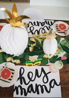 Let's Have A Pineapple Party! {Decorations}