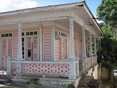 Old Casita in Adjuntas, Puerto Rico. I would love to have a home like this right on the beach. A fixer uper!