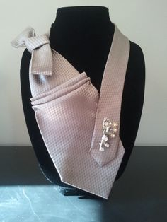 Champagne Tie Necklace by ScarlettKaysedy on Etsy, $15.00