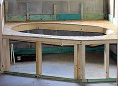 How to Frame a Jacuzzi Tub