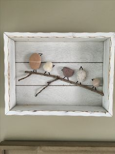 What to do with beach rocks More You are in the right place about stone humor Here we offer you the most beautiful pictures about the stone crafts you are looking for. When you examine the What to do with beach rocks . Stone Crafts, Rock Crafts, Diy And Crafts, Art Crafts, Sea Glass Crafts, Sea Glass Art, Beach Rock Art, Pebble Pictures, Stone Pictures