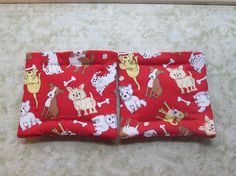 red dogs set of 2 potholders hot pads by KjsKwilting on Etsy, $8.00