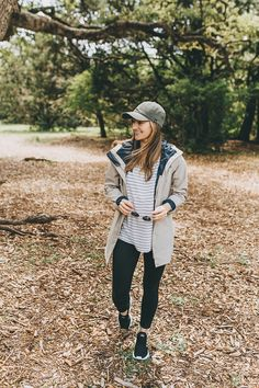 7d44659c4f0c6 Rain Or Shine, Get Outside - LivvyLand   Austin Fashion and Style Blogger