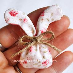 miniature Easter bunny sachets--includes printable pattern