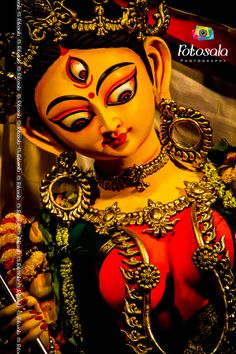 Durga Maa, Festival in India, Kolkata. Durga Maa Paintings, Durga Painting, Durga Ji, Durga Goddess, Durga Puja Wallpaper, Bhagavata Purana, Divine Mother, Krishna Art, Respect
