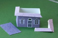 Printable Miniature Haunted Glitter Houses / Templates for Halloween Gingerbread: Assembling the Roof Sections for the Mansard Roof