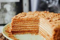 Watch full recipe in YouTube video👇 Honey Recipes, Baking Recipes, Russian Honey Cake, Pie Dough Recipe, Cake Youtube, Cake Tasting, Learn To Cook, No Bake Cake, Food Photo