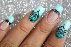 decoracion de uñas encaje sobre degradado3 Mandala Nails, Halloween Nail Designs, Best Acrylic Nails, Dope Nails, Dream Nails, Nail Art Hacks, Nail Decorations, Beautiful Nail Art, Perfect Nails