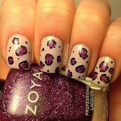 Use a b.ack sharpie for the outline of this cute leopard print nail art then finish it off with a shiner top coat to make the sharpie last a while ^u^