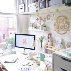 64 Ideas for receptionist desk organization workspaces work spaces Home Office Design, Home Office Decor, Office Ideas, Workspace Inspiration, Room Inspiration, Bureau Design, Cubicle Organization, Deco Studio, Work Cubicle