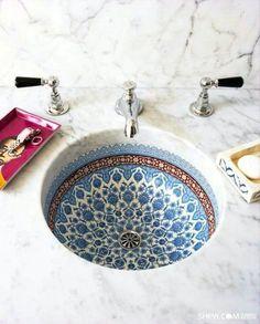 Интерьер ванной в восточном стиле.